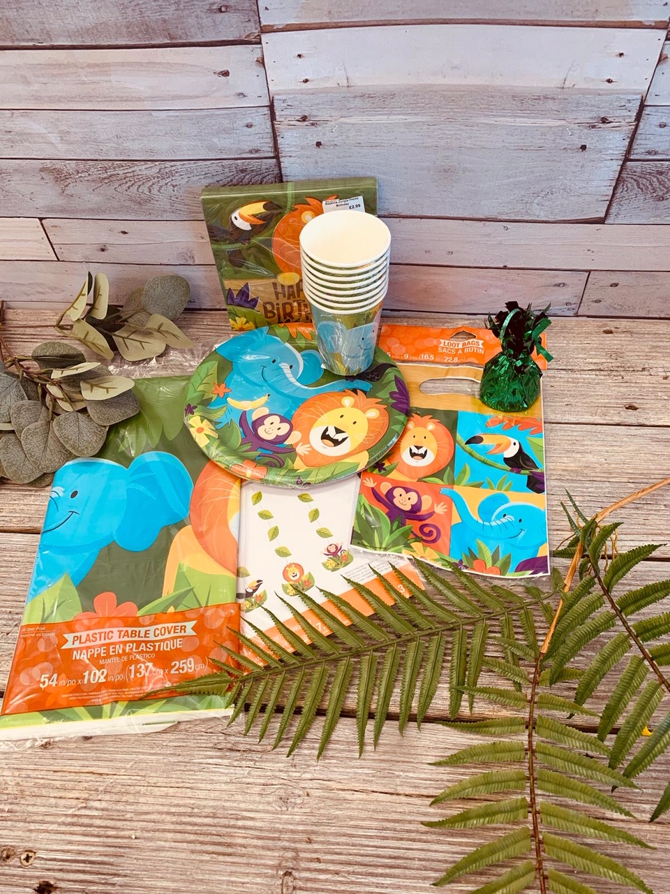 Jungle themed party pack